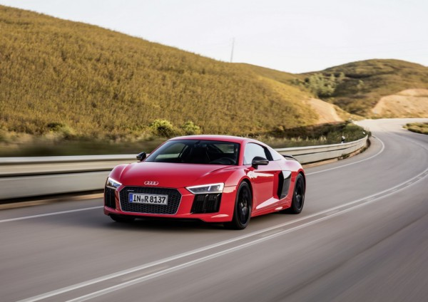 VIDEO-New-Audi-R8-gets-another-promo-1024x724