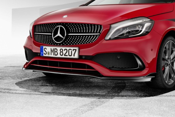 W176 Mopf AMGLine Anbauteile Detail Frontspoiler