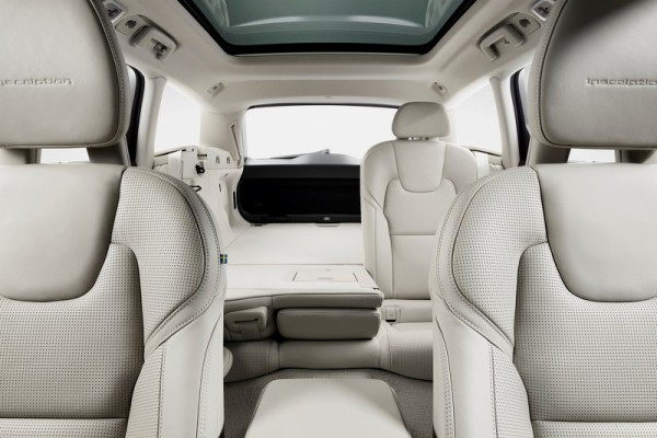 Volvo V90 Studio Folding Rear seats