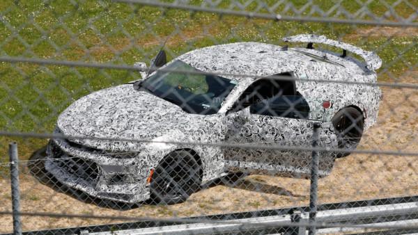 new chevy camaro z 28 crashes at the nrburgring - Новый Camaro Z/28 попал в аварию на Нюрбургринге