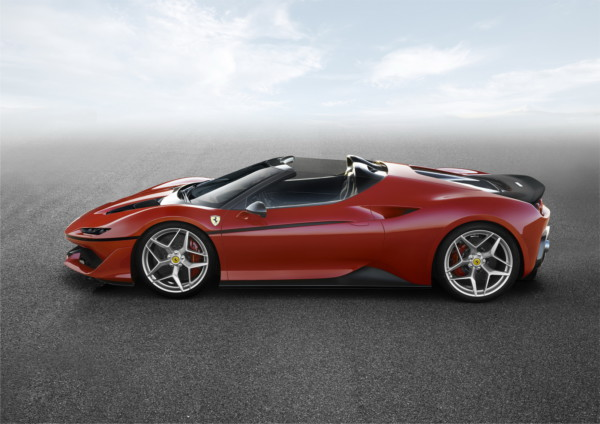 ferrari j50 2 - В Японии представили суперкар Ferrari J50 Limited Edition